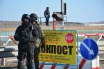 Полицейские на блокпостах в Петропавловске
