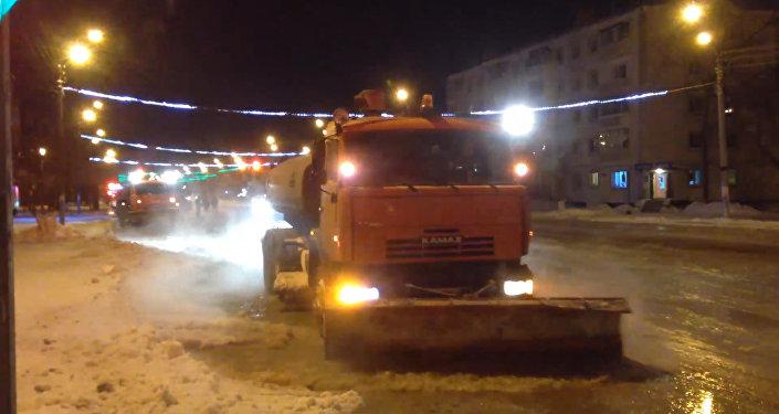 Кадры с места крупной аварии на водопроводе в Петропавловске