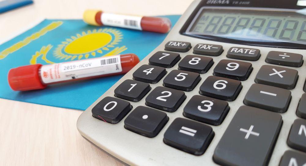 Пробирки с пробой на коронавирус и калькулятор