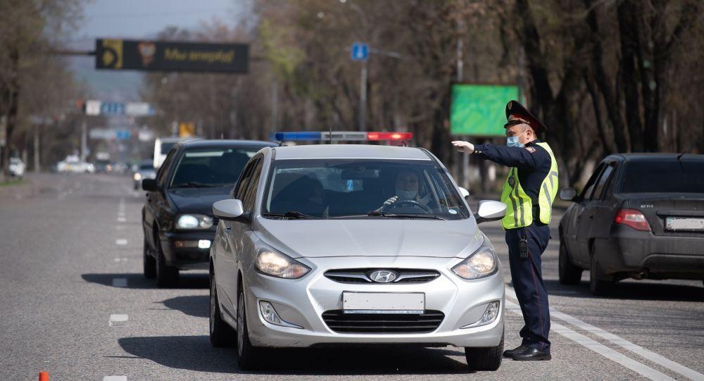Движение на улицах Алматы ограничено во время карантина
