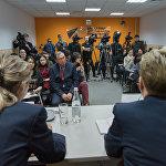 Пресс-конференция по вопросам временной регистрации в студии Sputnik Казахстан