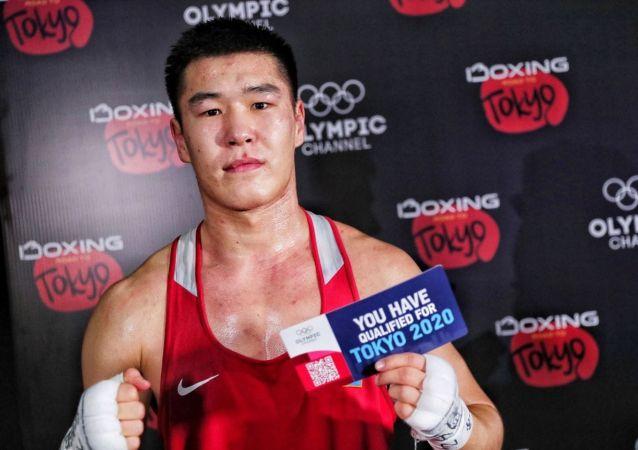Казахстанский боксер Бекзад Нурдаулетов