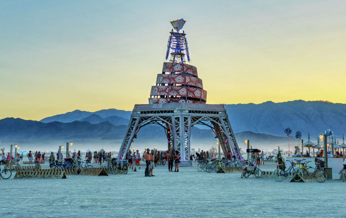 Арт-фестиваль Burning Man пройдет в онлайн-формате