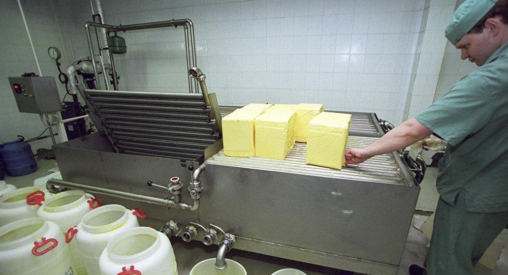 Архивное фото установки для топления сливочного масла
