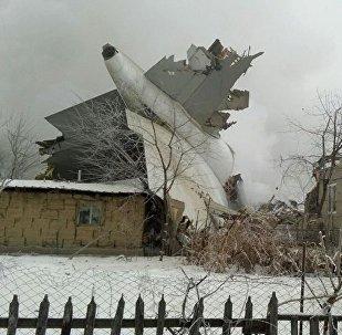 Крушение самолета недалеко от аэропорта Манас