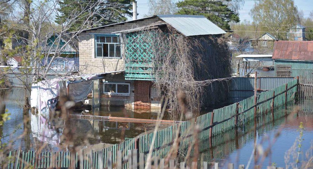 Паводок, затопленные дома