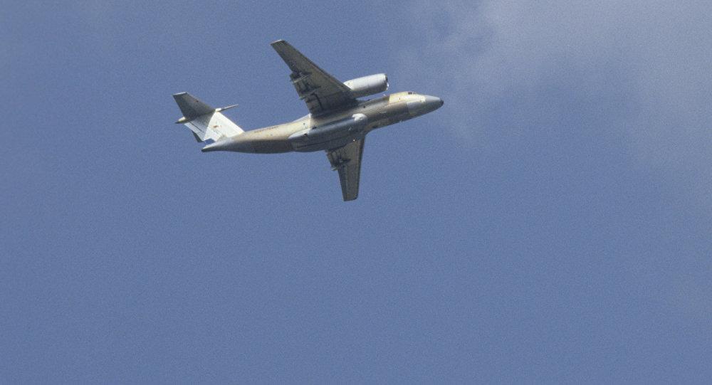 Архивное фото самолета Ан-74