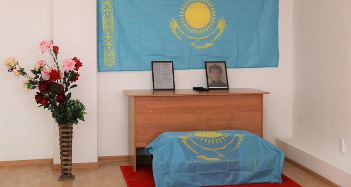 Останки погибшего в годы ВОВ воина-казахстанца доставили на Родину