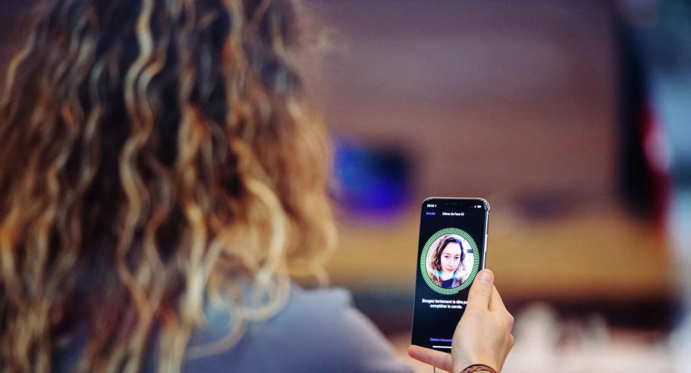 Face ID сможет распознавать медицинские маски в новой версии iOS