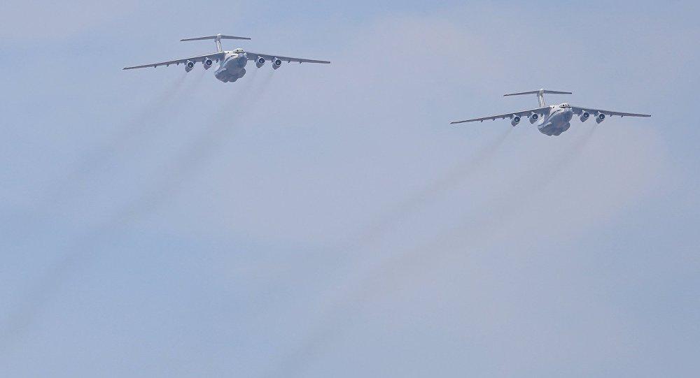 Военно-транспортный самолёт Ил-76. Архивное фото