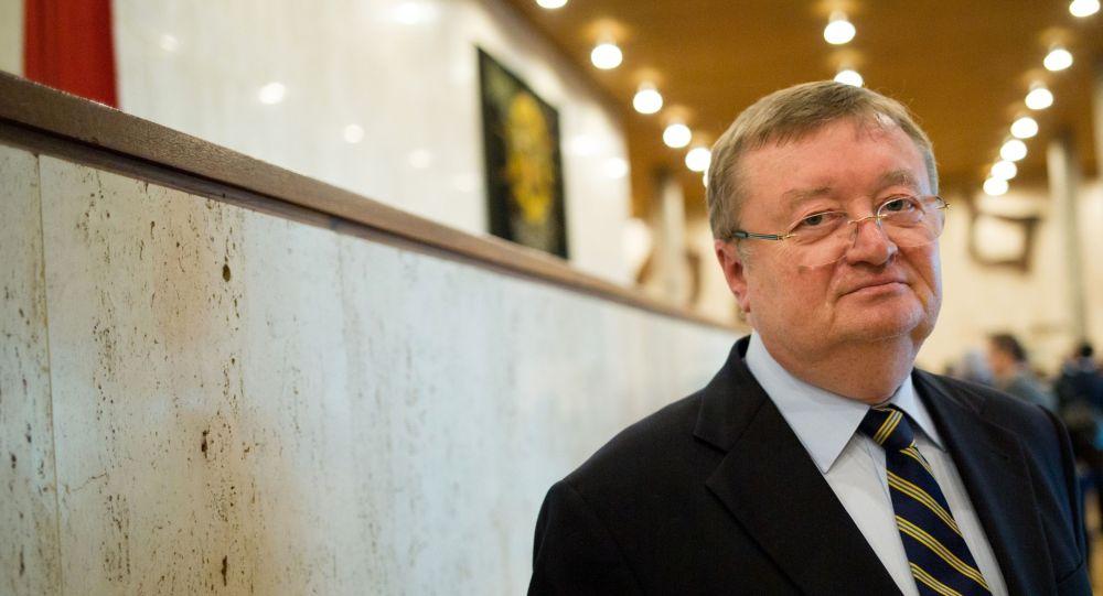 Постоянный представитель РФ в ЮНЕСКО Александр Кузнецов