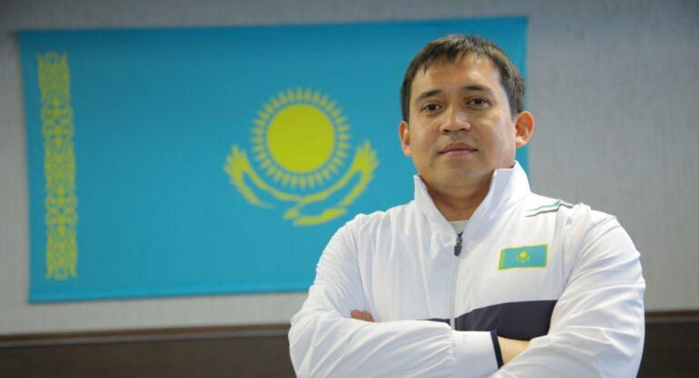 Ауыр атлетикадан Қазақстан ұлттық құрамасының бас бапкері Бақыт Ахметов