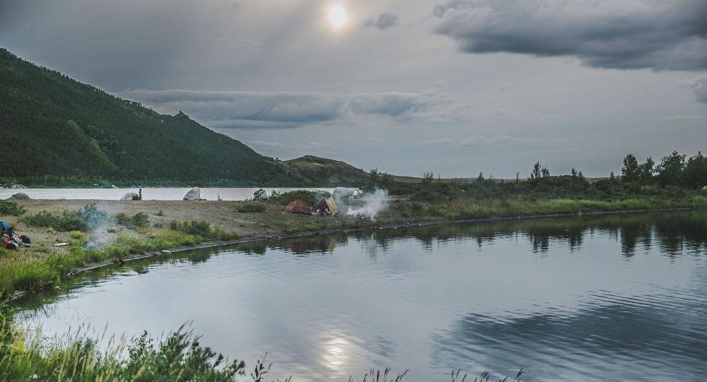 Туристический лагерь на перешейке между озерами Щучинско-Боровской курортной зоны