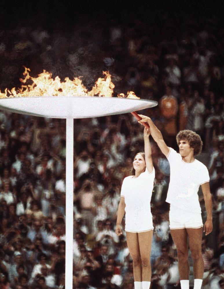 Зажжение Олимпийского огня в Монреале, 1976 год, архивное фото
