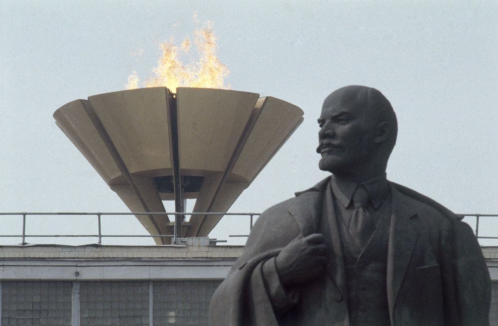 Чаша Олимпийского огня в Москве, 1980 год, архивное фото