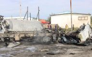 В Атырау взорвалась и сгорела цистерна с газом
