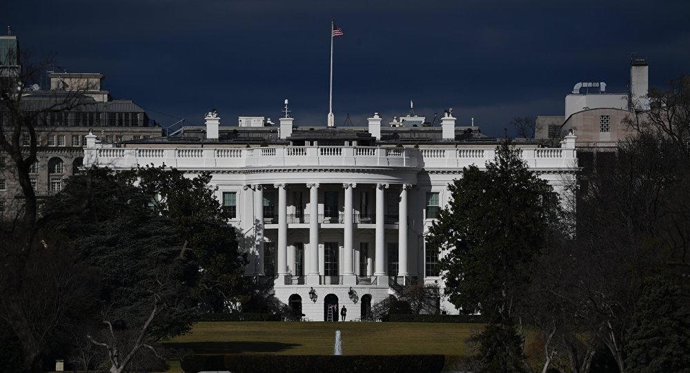 Вид на Белый дом в Вашингтоне (округ Колумбия)