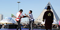 Архивное фото любительских состязаний по казахской борьбе