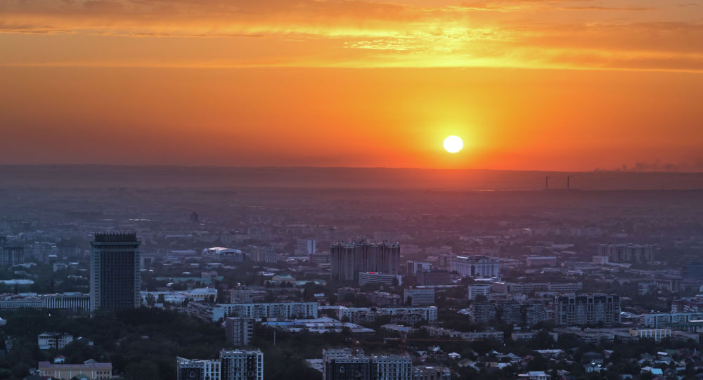 Вечерний Алматы