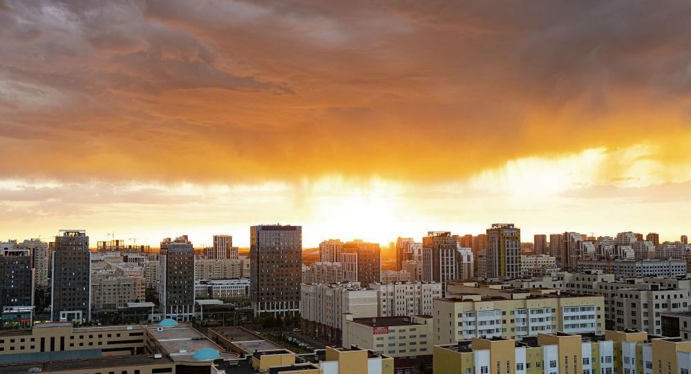 Астана, күннің батуы