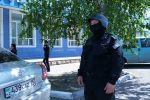 Оцепление вокруг офиса Казахтелекома