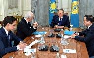 Нұрсұлтан Назарбаев пен Стаффан де Мистураның кездесуі