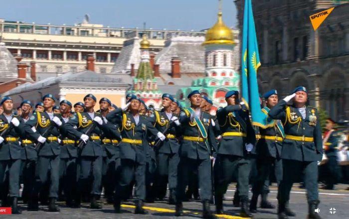 Казахстанцы на Красной площади Парад Победы 2020 года