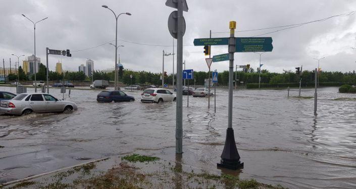 Затопленные улицы в Нур-Султане