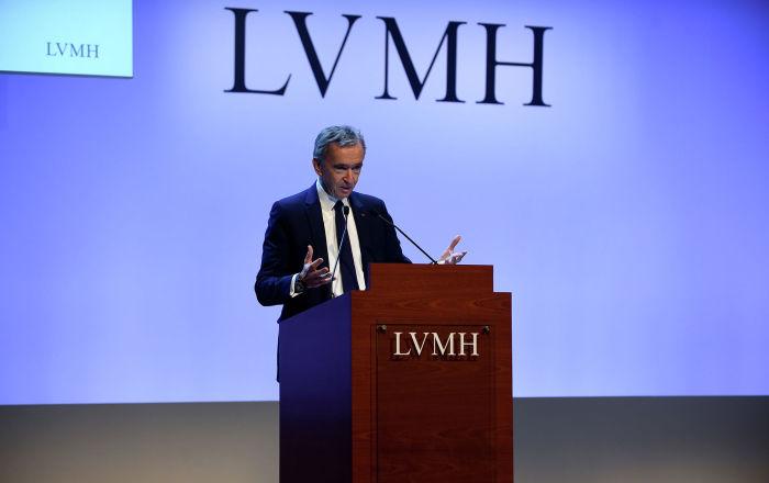 Бернар Арно сообщил, что ждет восстановления продаж LVMH во второй половине 2020 года