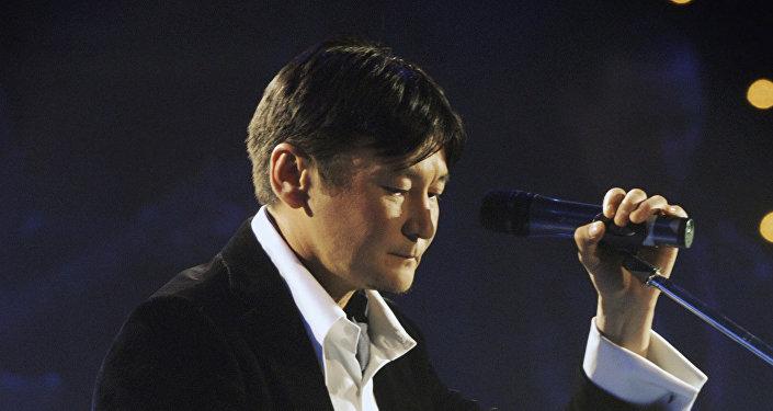 Казахстанский певец и продюсер Кыдырали Болманов
