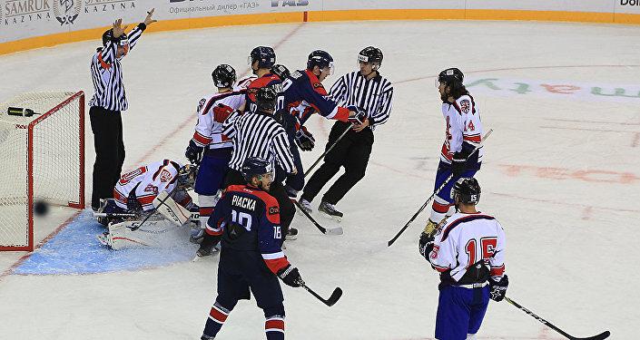 Первый хоккейный матч Универсиады Словакия-Великобритания
