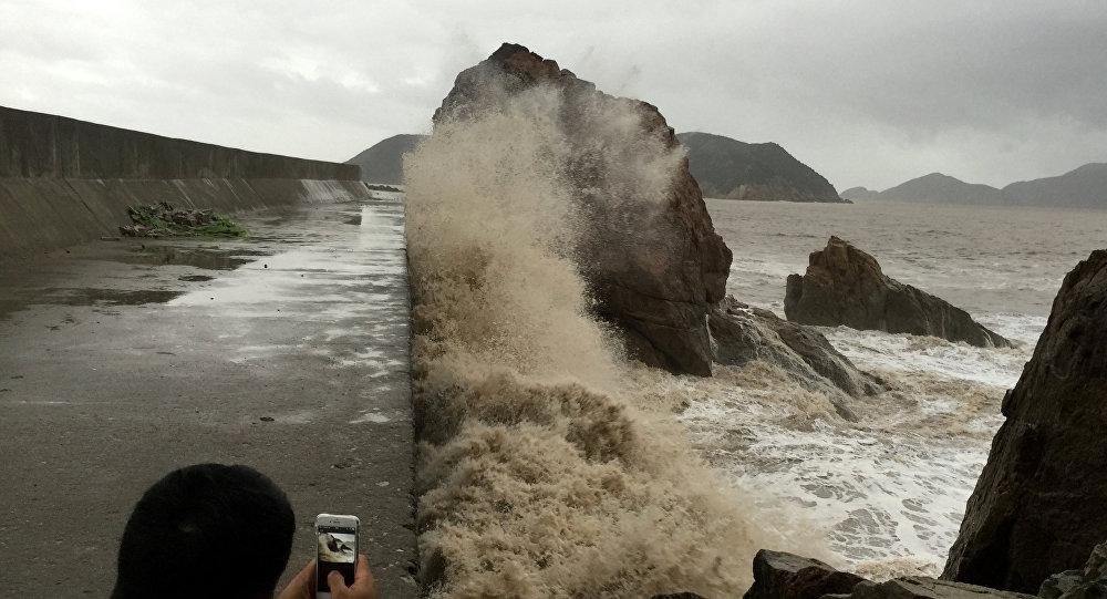Меранти күшті тайфуны Қытайдың шығысына жетті
