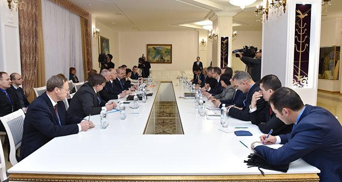 Депутат Государственной думы: Асад назвал производительными переговоры поСирии вАстане