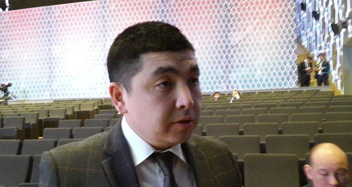 Директор департамента законодательства  МЮ РК Дархан Игембаев
