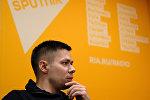 Стас Пьеха в студии радио Sputnik