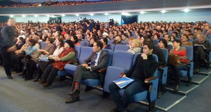 Астана әкімінің халықпен есептік кездесуі