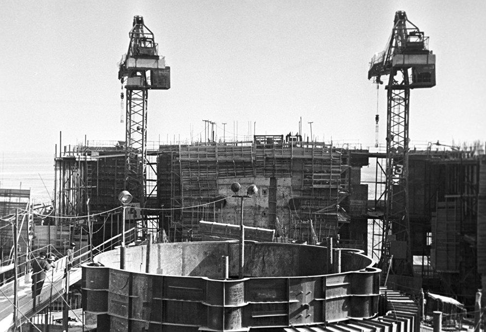 Строительство атомной экспериментальной станции на быстрых нейтронах