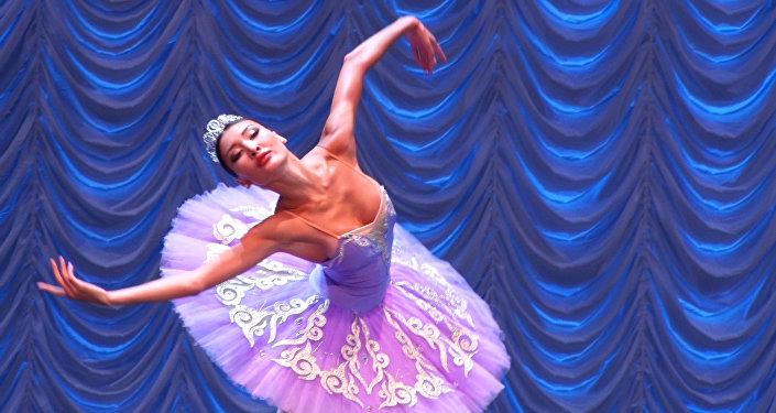 Азия және Еуропадан келген балет бишілері Астанада конкурста кездесті