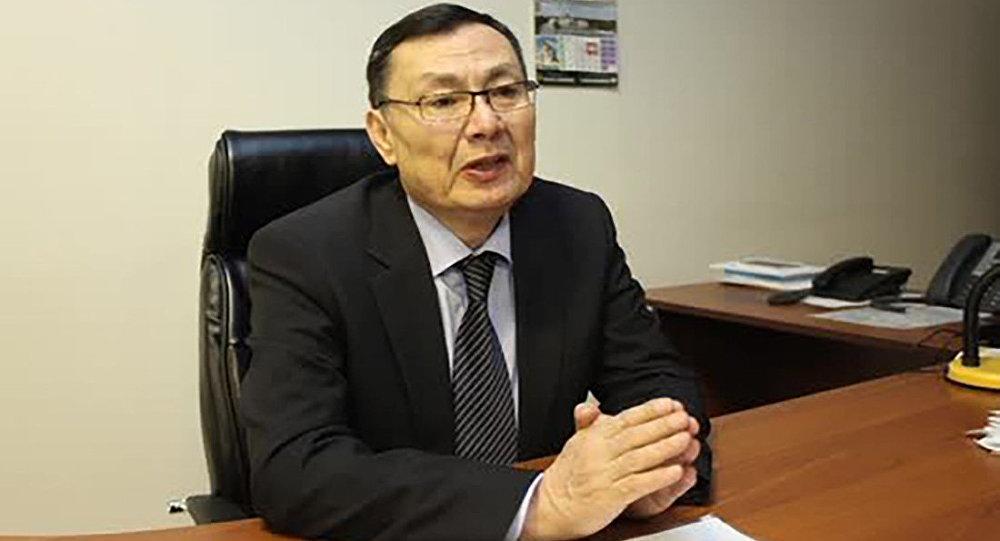 филология ғылымдарының докторы, профессор Шәкір Ыбыраев