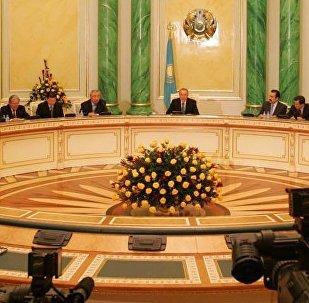 Архивное фото конституционной реформы 2007 года