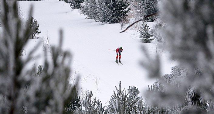 Казахстанский конькобежец Денис Кузин стал серебряным призером Азиады вСаппоро