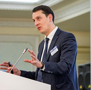 Директор департамента недропользования министерства по инвестициям и развитию Руслан Баймишев