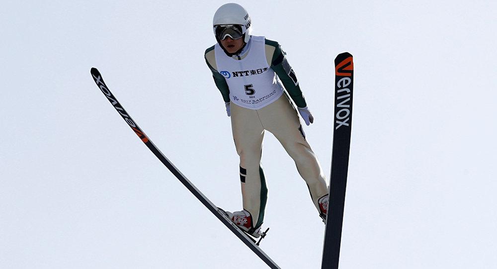 Казахстанский прыгун страмплина одержал победу награду вСаппоро