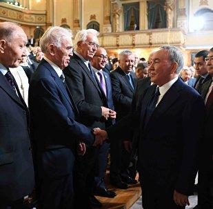 Нурсултан Назарбаев посетил Национальную академию наук