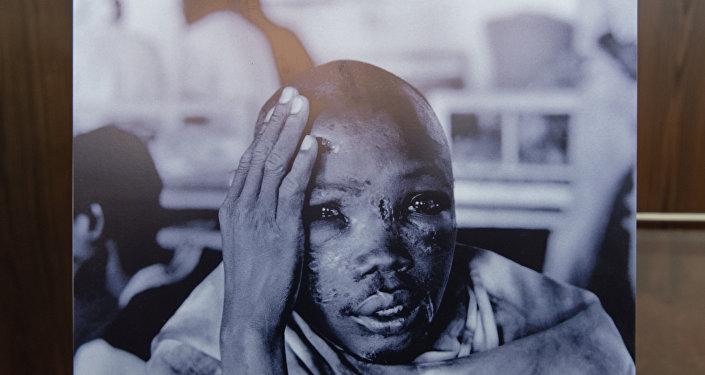 Фотовыставка За мир, свободный от геноцидов: геноцид в Руанде