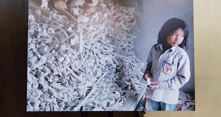 Фотовыставка За мир, свободный от геноцидов: геноцид в Камбодже