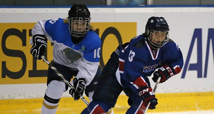 Хоккеистка сборной Казахстана Арай Шегебаева на Азиаде в Саппоро