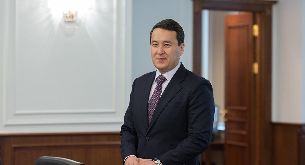 Әлихан Смайылов