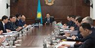 Премьер-Министр РК Бакытжан Сагинтаев на заседании правительства