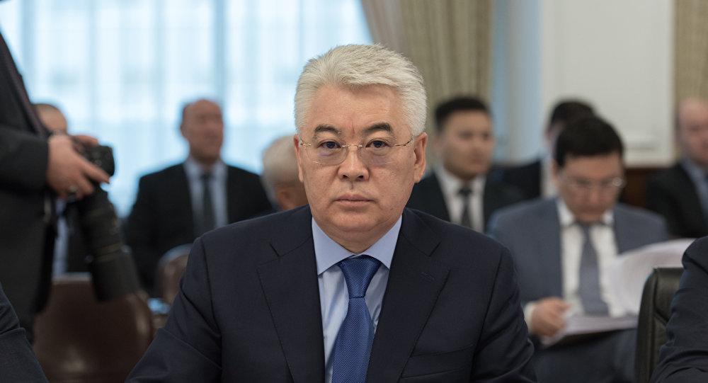 Министр оборонной и аэрокосмической промышленности РК Бейбут Атамкулов